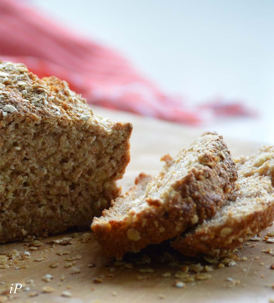 Brot aus Amaranth, Hirse & Dinkel